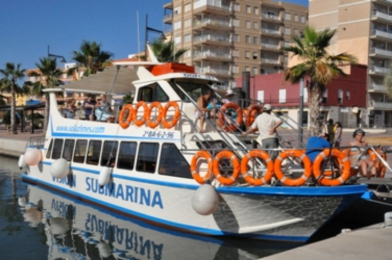 Boat Trips in Puerto de Mazarron with Solaz Lines