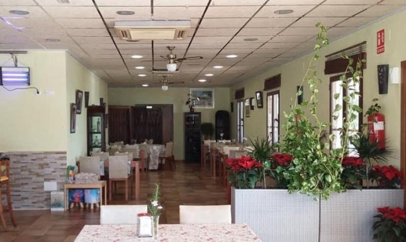 11-euro lunchtime Menú del Día at Restaurante Los Balcones between Camposol and Totana